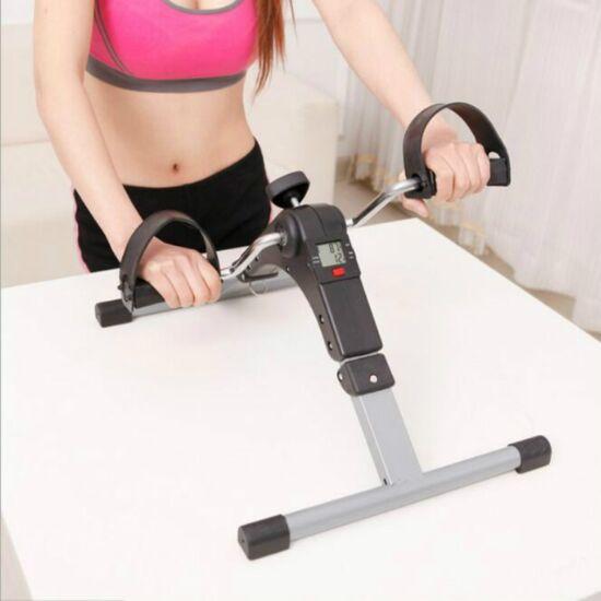 Pedálos láberősítő fitness gép