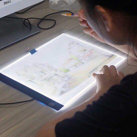 Ultravékony LED rajztábla A4 méret 5W